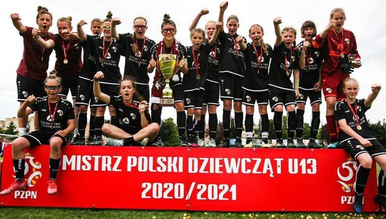 Mistrzyni Polski Młodziczek U13 – Oliwia Sanetas z kl. 6c!